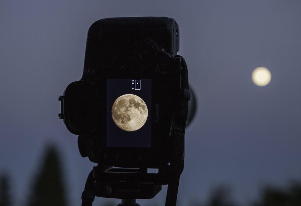 Photographing The Moon With The Canon 70 200mm Mostly